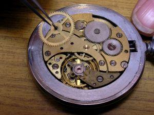 uurwerk herstellen