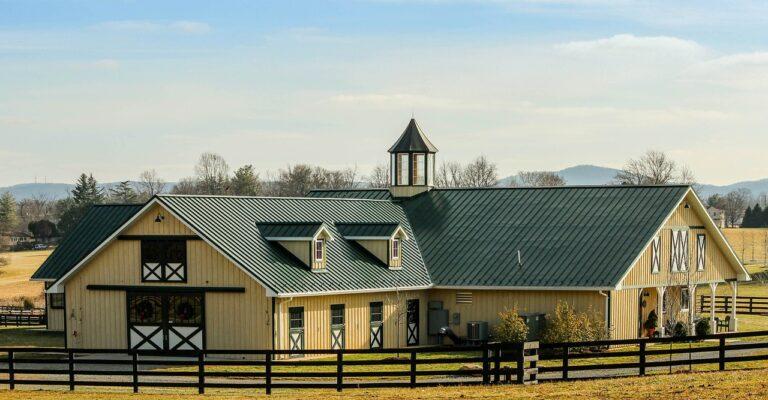 stallen en boerderij